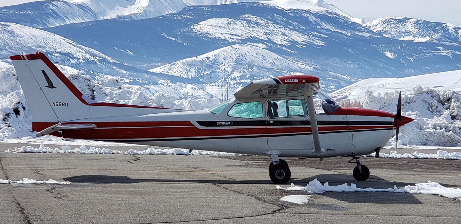 cessna flight training plane